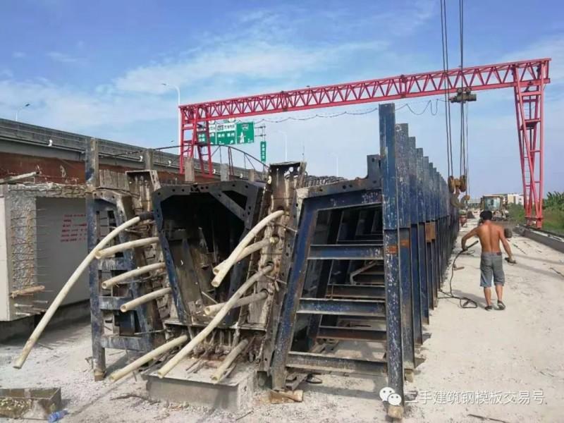 完工退場轉讓35米箱梁1套半,40米T梁1套半